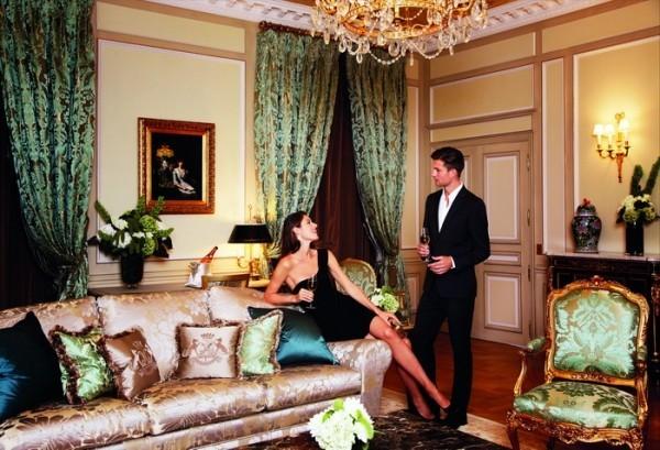 День Святого Валентина в Le Meurice - одном из самых романтичных отелей