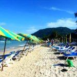 На пляжах Пхукета туристов попросили воздержаться от выпивки и курева