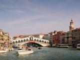 ближайший пик бронирований в Италию придётся на 8 марта и школьные каникулы
