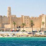 Лучшее время для поездки в Тунис