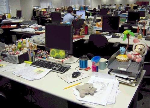 На рабочих столах гонконгцев